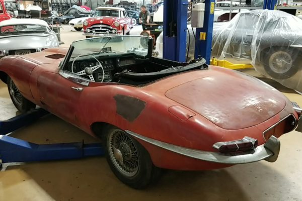 Jaguar 1967_red_3