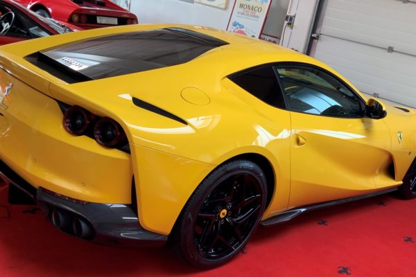 Ferrari 812 Superfast New 3